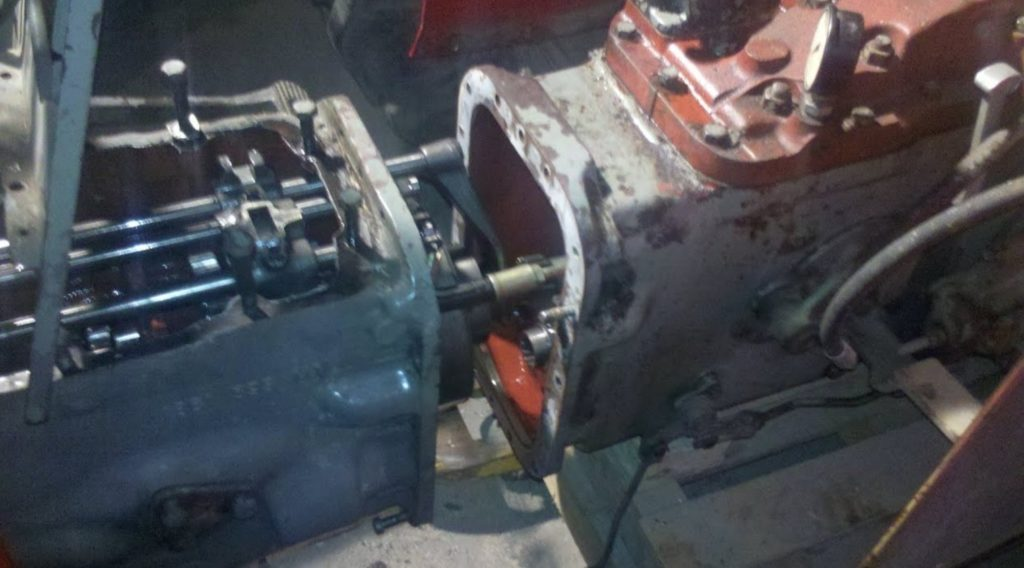 Massey Ferguson 175 How to taking the Multipower out